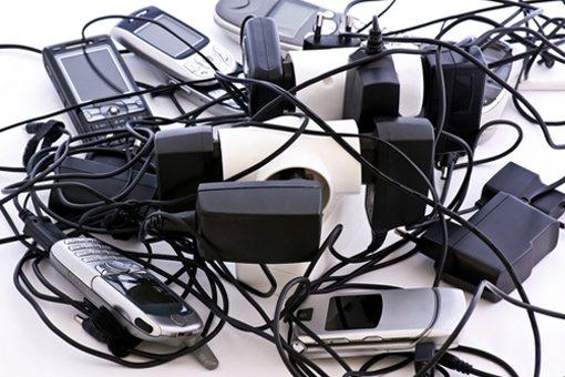 Ευρωπαϊκός κανονισμός για κοινό φορτιστή «έξυπνων» κινητών τηλεφώνων