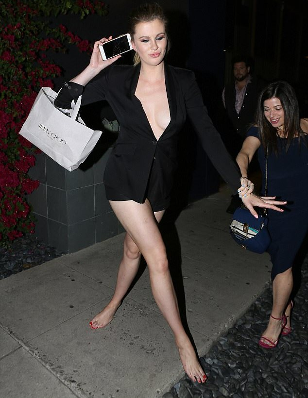 ireland-baldwin-methismeni-2
