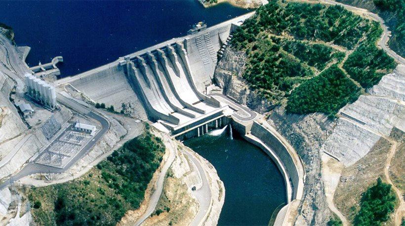Διαπραγμάτευση για να πουληθούν και υδροηλεκτρικά εργοστάσια της ΔΕΗ