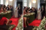 Καλεσμένη χαλάει με θεαματικό τρόπο την είσοδο της νύφης