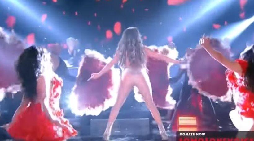 «Φωτιά» η Τζένιφερ Λόπεζ έκανε twerking για 13 δευτερόλεπτα επί σκηνής