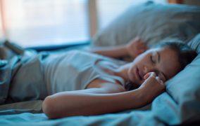 Αυτή είναι η καλύτερη ώρα να κοιμηθείς για να έχεις καλό ύπνο